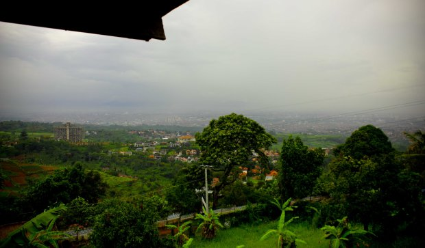 Bandung240