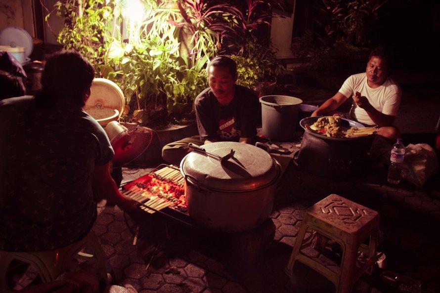 Saya suka mereka, ramah dan khas orang Balinya keluar.
