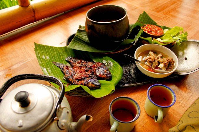 Nasi liwet khas Mulih Ka Desa