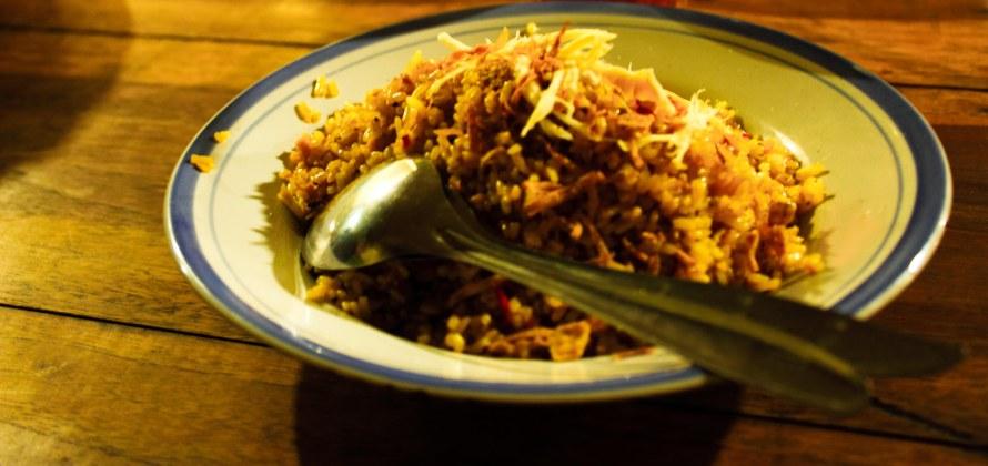 Nasi Goreng. Rame tapi menurut saya tidak begitu enak.