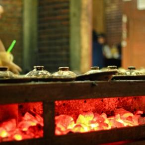 Surabi yes?! Panas panas kenyal manis. Kaya kamu. Haaaa?!!