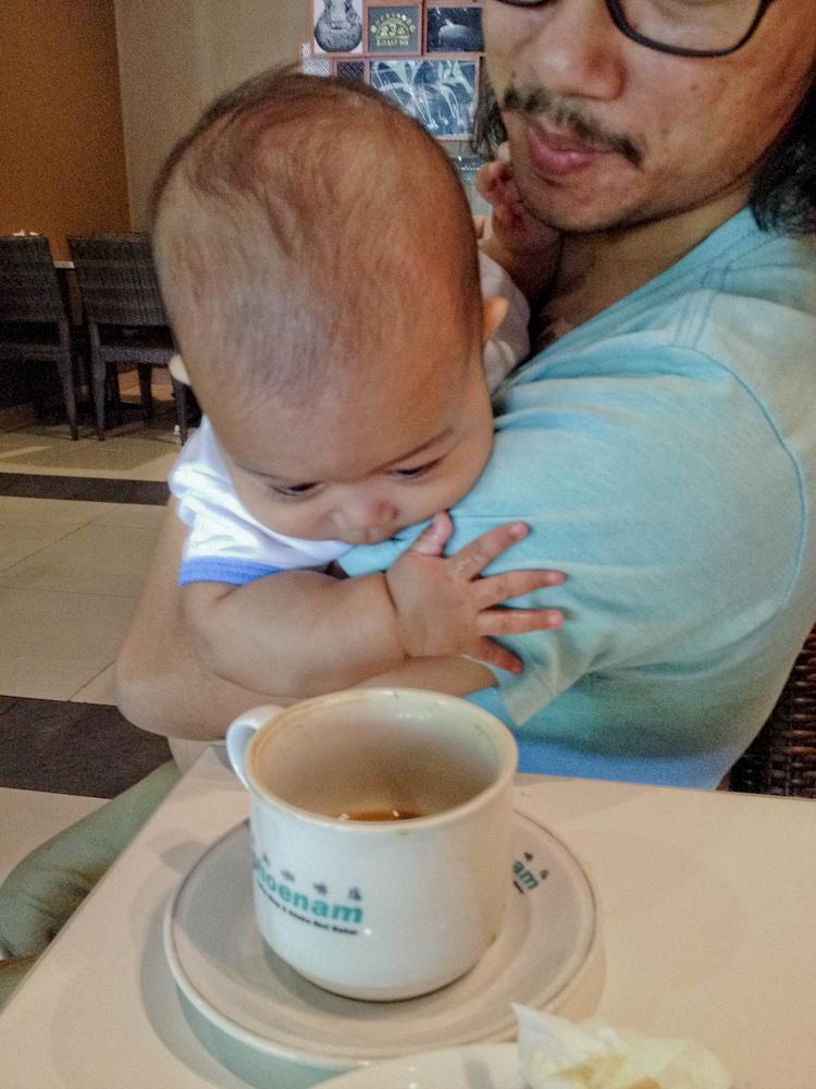 masih penasaran dengan cangkir kopi