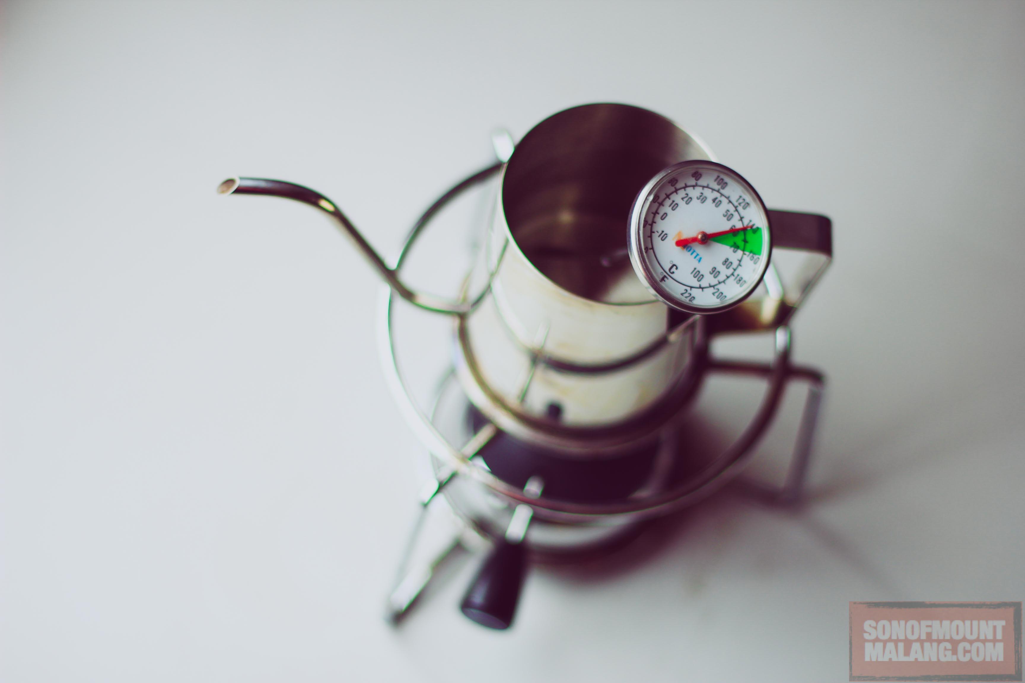 Cara Tepat Memilih Termometer Untuk Membuat Kopi Yang Enak Tukang Hario V60 Drip Thermometer Vtm 1b Cerita